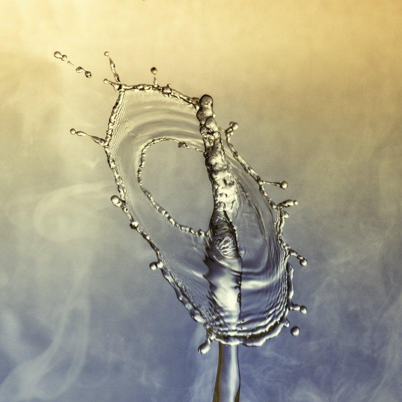 Erik Brede Photography - Droplet Collision 4